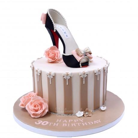 alisha shoe cake 6