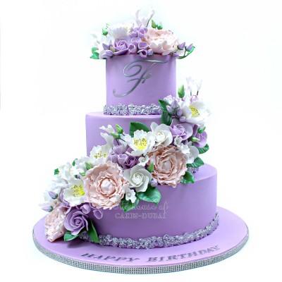 Pretty Royal Cake