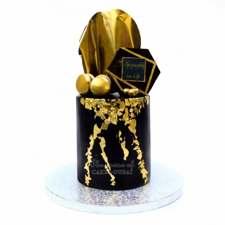 trendy black and gold cake 2 12