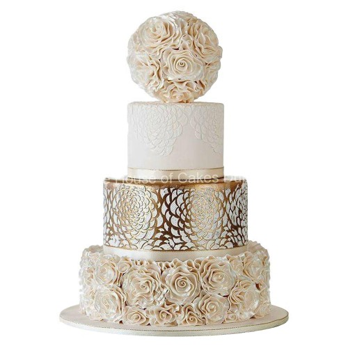 gold lace and roses cake 7