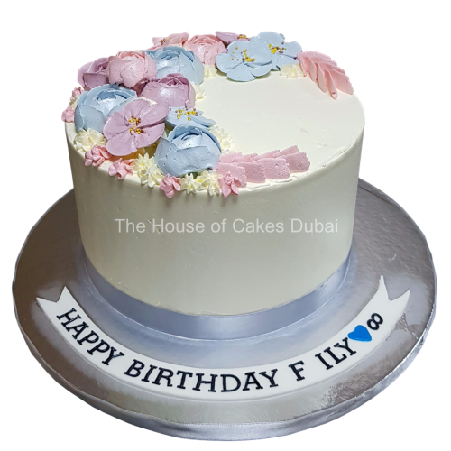 Cake with buttercream flowers 2