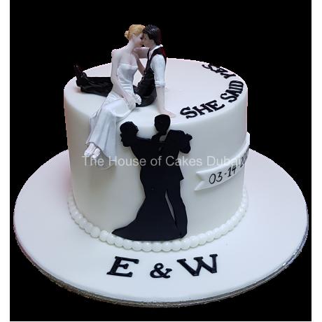 Engagement cake 6