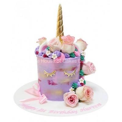 Unicorn cake 30