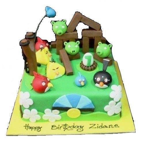 Angry birds cake 8