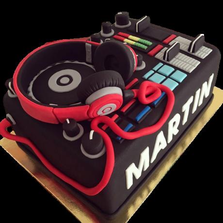 DJ cake 2