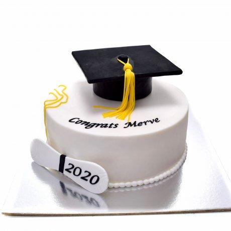 Graduation Cake Tara