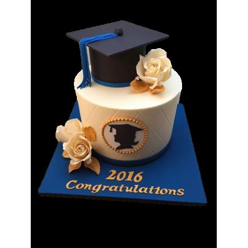 graduation cake 5 7
