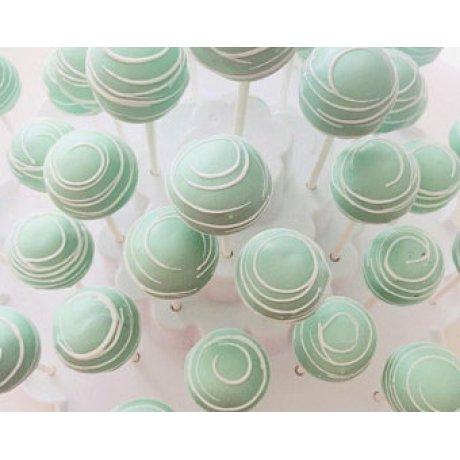 pastel green cake pops 6