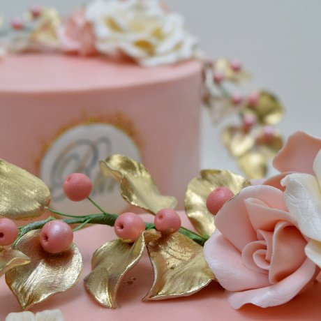 peach cake with name and white rose 8