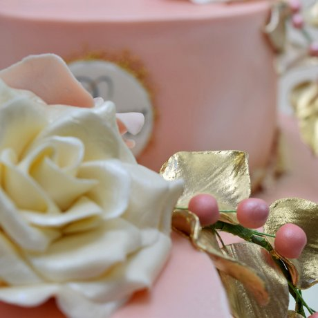 peach cake with name and white rose 7