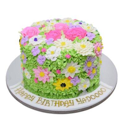 Buttercream flowers cake 3