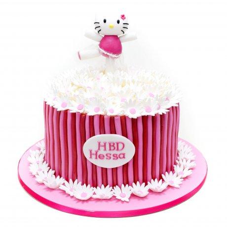 Hello Kitty Cake 11