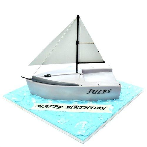 Sailing boat cake 4