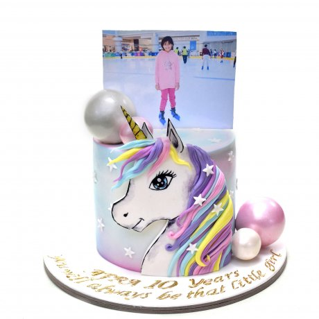 unicorn cake with photo on top 6