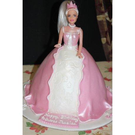 Barbie Cake 11