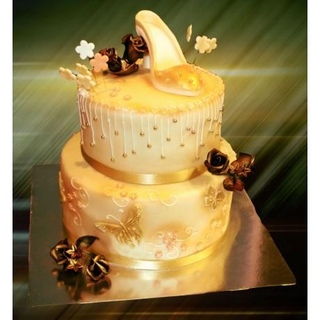 golden shoe cake 7