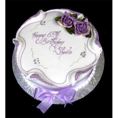 Traditional round cake 2
