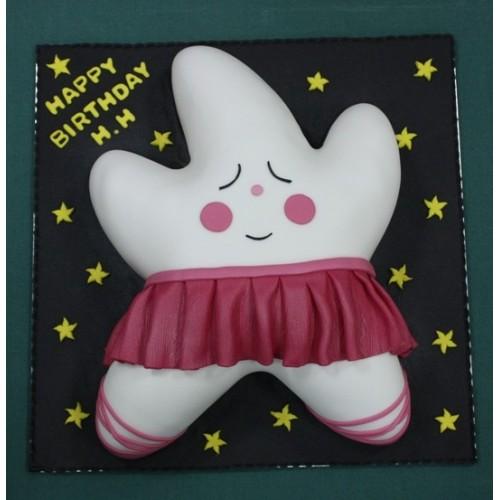 Ballerina star cake