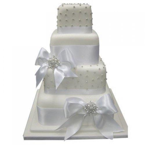 Bright white wedding cake