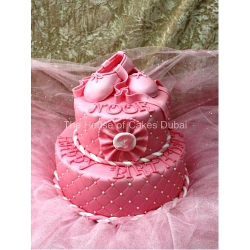 Ballet shoes cake 3