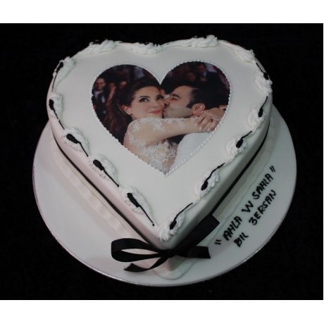 Heart cake with photo