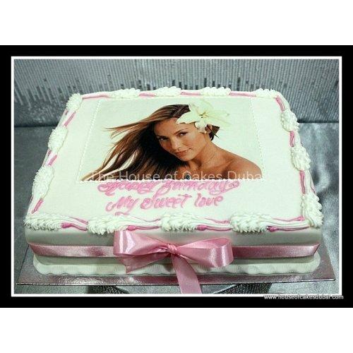 Jennifer Lopez cake