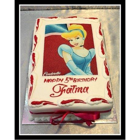 Cinderella Cake with Photo 3