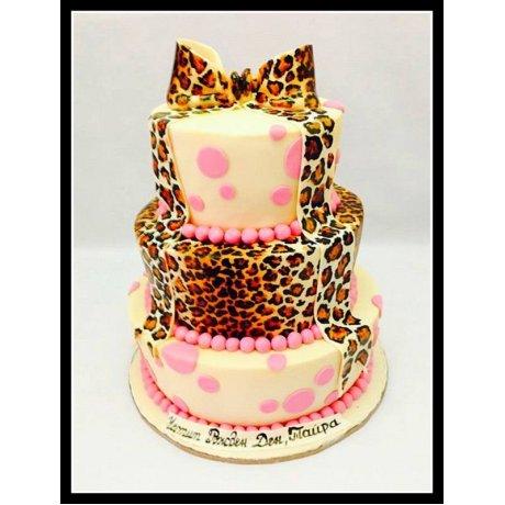 cake tyra 8
