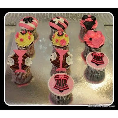 Bachelorette cupcakes 1