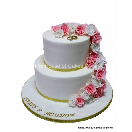 engagement cake with pink roses 6