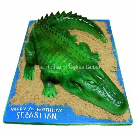 3D crocodile cake
