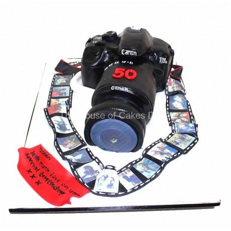 Canon camera cake 7