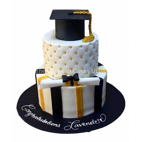 Graduation cake 41
