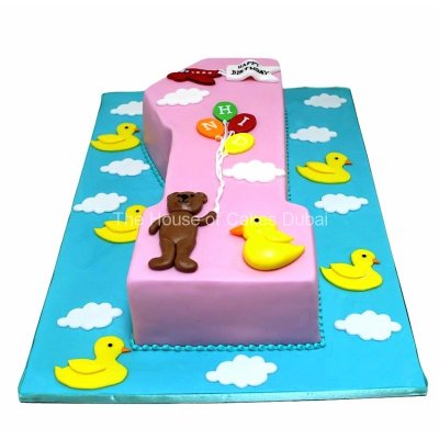 First birthday cake with bear and ducks