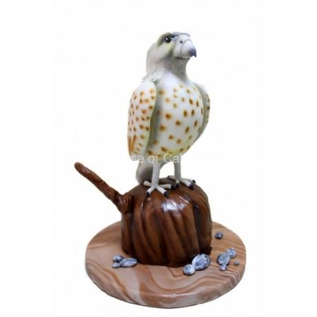 falcon shaped cake 6
