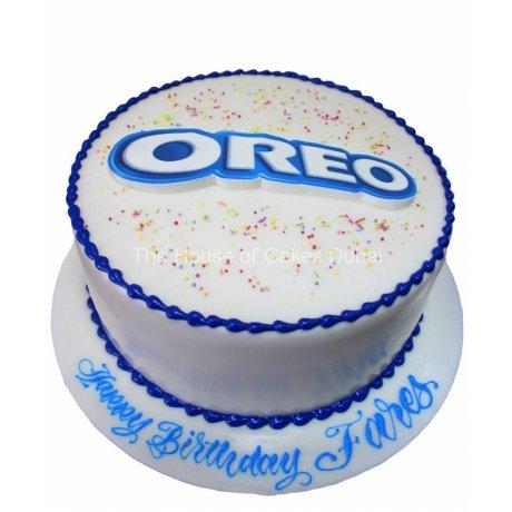 cake with oreo's logo 6
