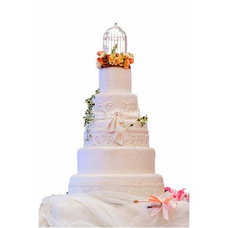 5 tier vintage wedding cake with cage