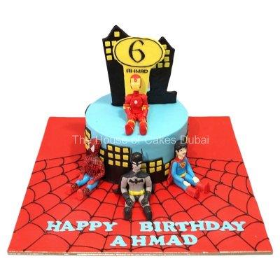 Superheroes cake 15