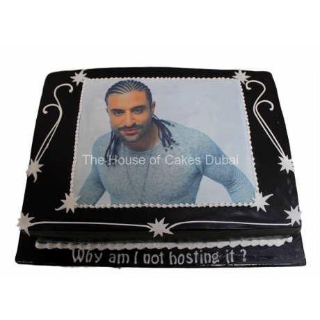 Cake with photo on black icing