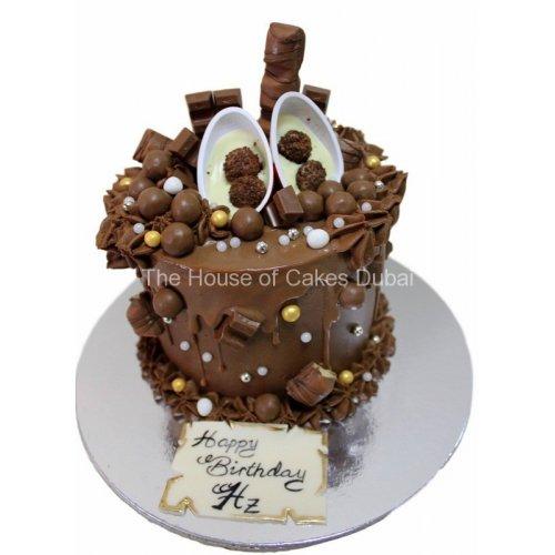 Dripping chocolate fantasy cake 3