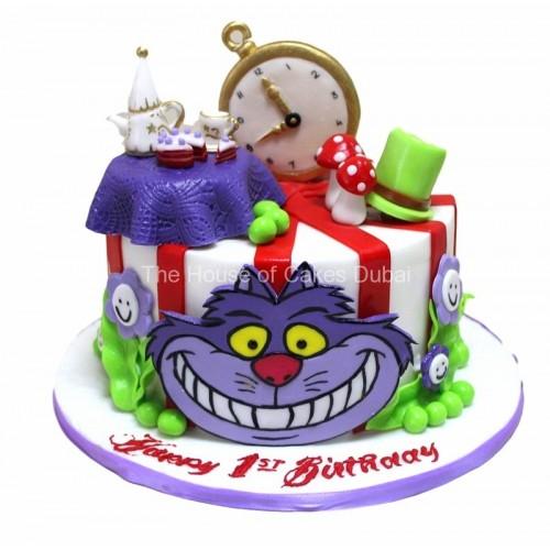 Alice in Wonderland cake 2