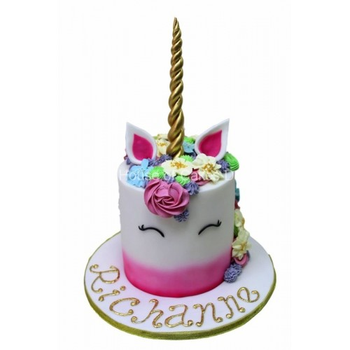 Unicorn Cake 4