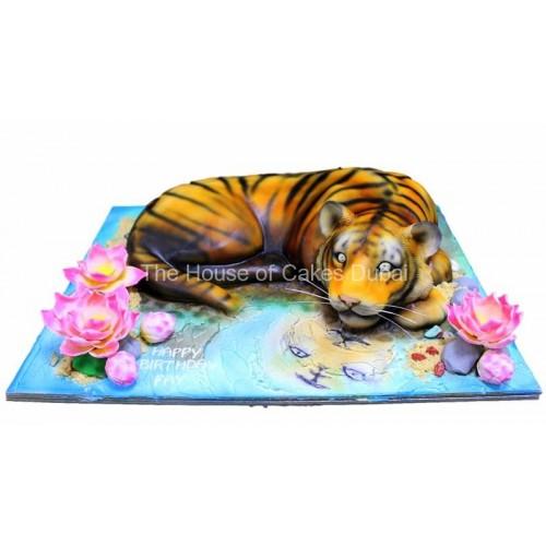 Tiger cake 4