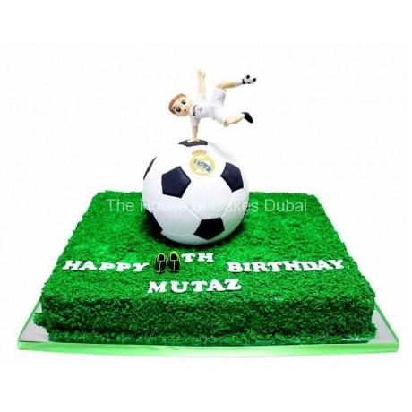 Football cake 14