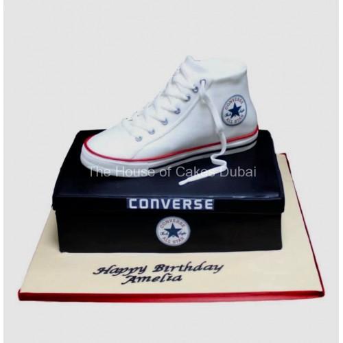 converse sneaker cake 1 7