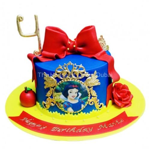 snow white cake 6 7