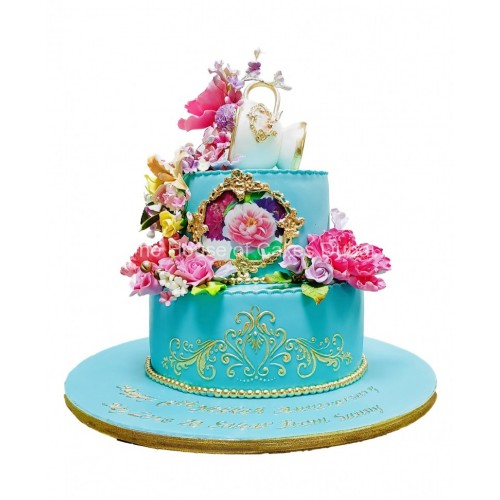 Pretty tea cup cake