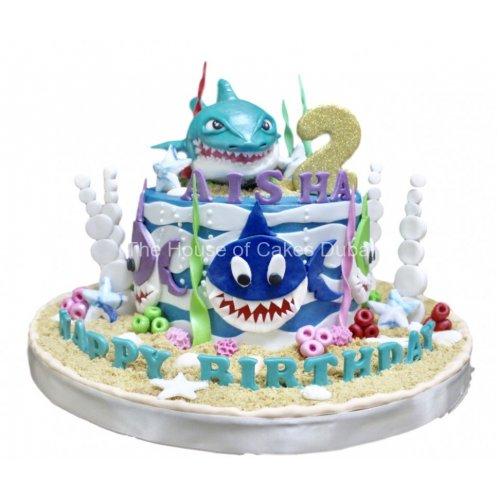 Baby shark cake 5