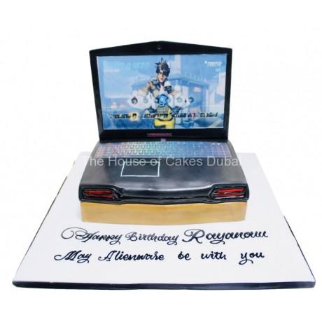 gamer laptop cake 6