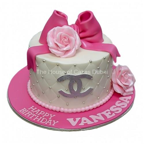 Chanel Cake 14